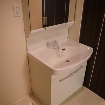 洗面所と洗濯機置き場