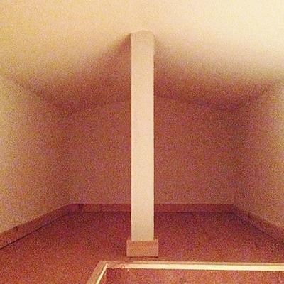 屋根裏部屋中 結構入ります
