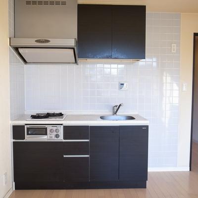 マットブラック!スタイリッシュなキッチンです。