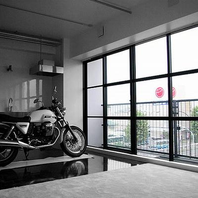 お部屋にバイク!