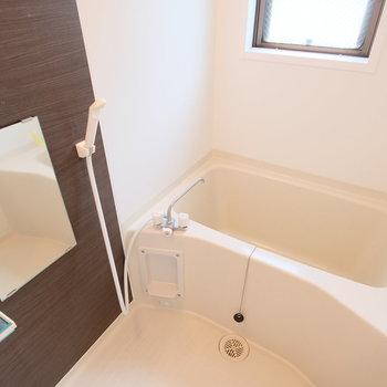 【前回募集時】浴室にも窓があって明るい空間に!