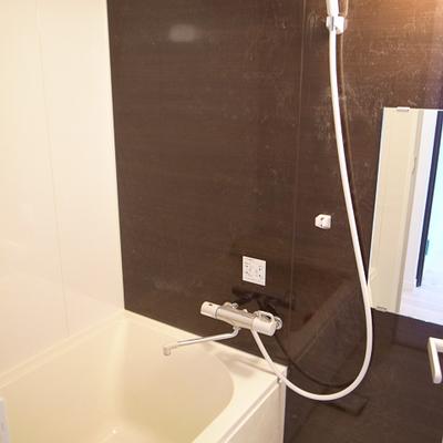お風呂もハイセンスです。※写真は別部屋