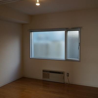そしてもうひと部屋!あるのが嬉しい。※写真は別部屋です