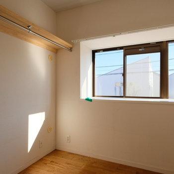 さて、その横は大きな収納部屋としても使えるお部屋。※写真はクリーニング完了前の写真です