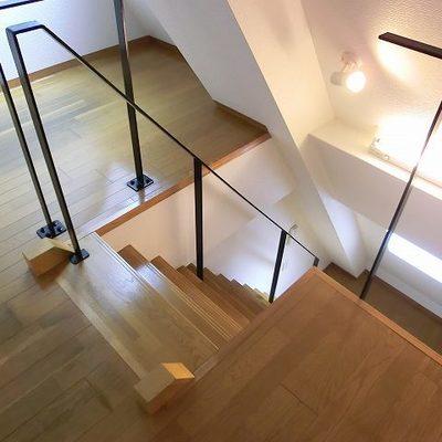 階段はこんな感じ。