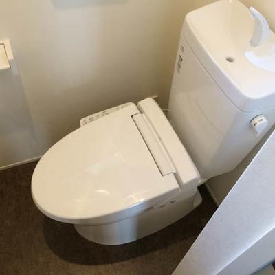 トイレウォシュレットつきです。