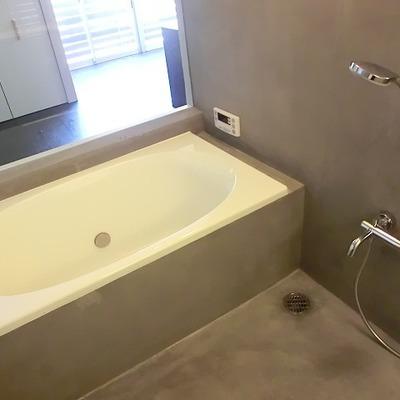 コンクリートのお風呂。