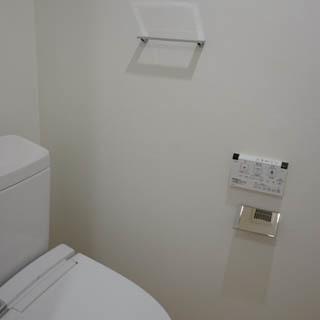 トイレには温水洗浄便座付き。※写真は前回募集時のものです