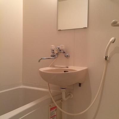 お風呂はさすがに普通
