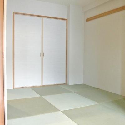 正方形の琉球畳の和室