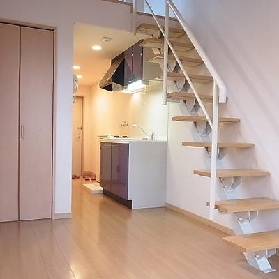 階段はすけすけなのです