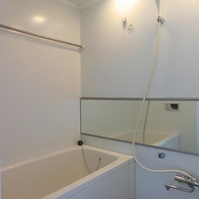 浴室乾燥機能のあるバスルーム
