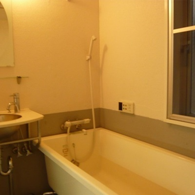 ステンレスの洗面器がcool。※写真は前回募集時のものです。