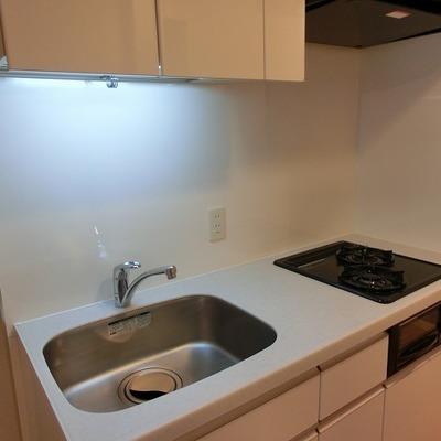 2口コンロのキッチン。※写真は前回募集時のものです
