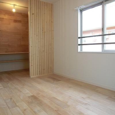 2階の書斎付きのお部屋。