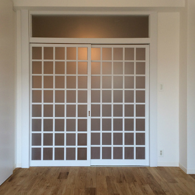 レトロな扉がグッときます。※画像は202号室