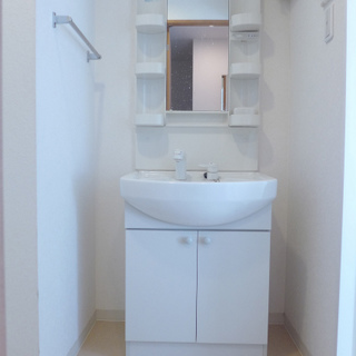 洗面台も広めなので使い勝手good。