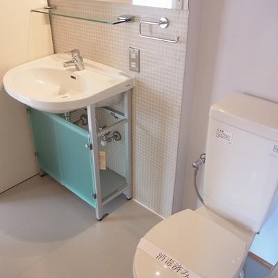 清潔感のあるトイレ&洗面台