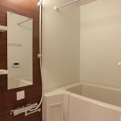 浴室乾燥機能付のバスルーム