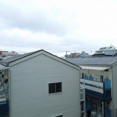 ベランダからの眺めです※写真は3階のお部屋です