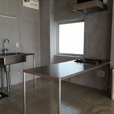 キッチンはシンプル!(画像別室)