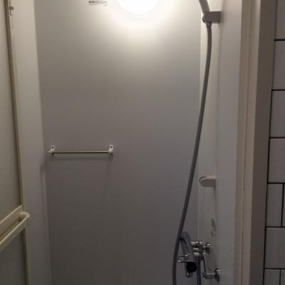 お風呂はシャワーブース