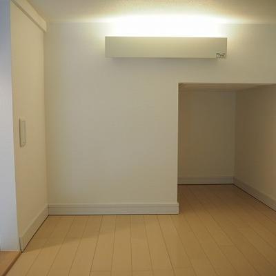ロフトの天井高さは約1m※写真は別のお部屋です