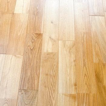 ヤマグリの無垢床