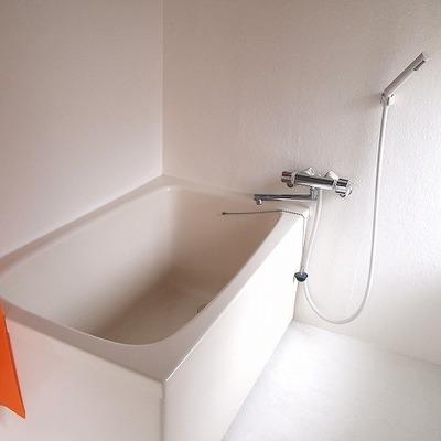 浴室もゆっくりつかれます。