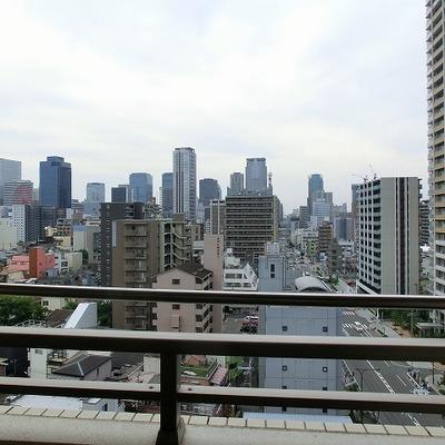 都会の眺めですね