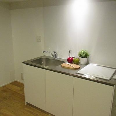 キッチンも使いやすい大きさです。