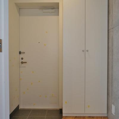 玄関はこんな形※前回募集時の写真です