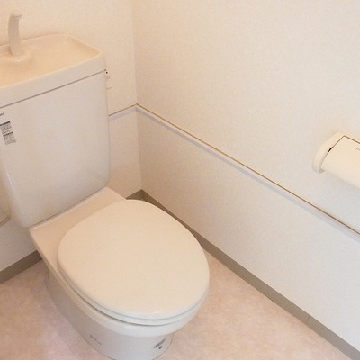 トイレ広め