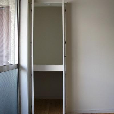 収納②※写真は別部屋です