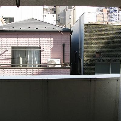3階ですが、眺望は良くないです※写真は別部屋です