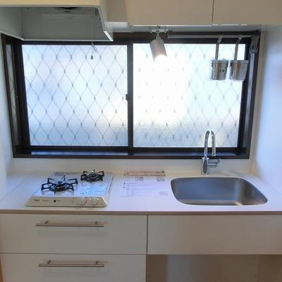 TOMOSオリジナル2口キッチン※写真は同じ建物の別部屋