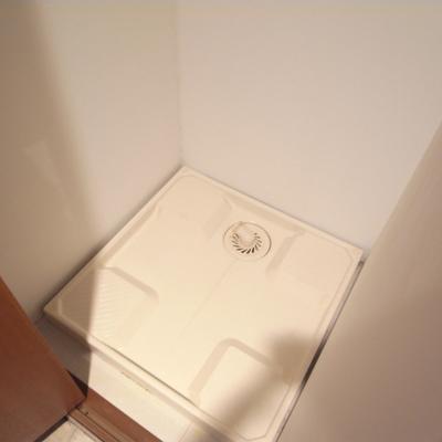 洗濯機は隠せます※写真2階の同間取り別部屋です