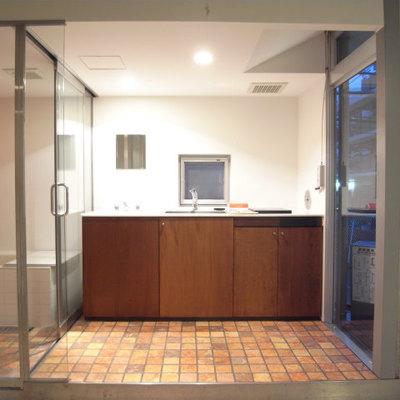 ステージのようなキッチン。かっこいい!※写真2階の同間取り別部屋です