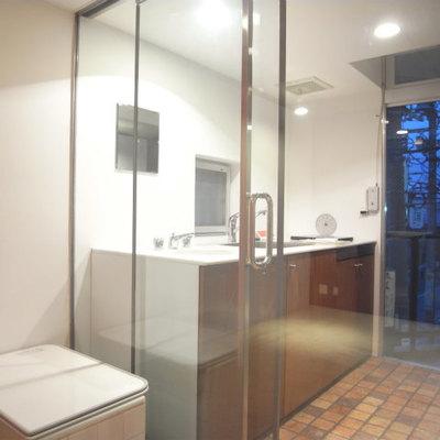 ガラス張りの感じもハマってます。※写真2階の同間取り別部屋です