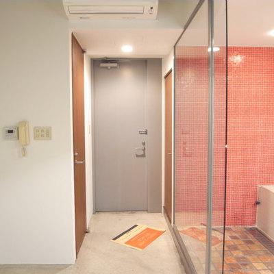 玄関と居室部の境目がないので工夫を・・※写真2階の同間取り別部屋です