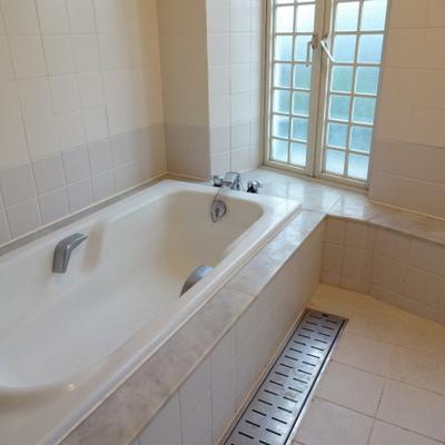 この素敵お風呂...*写真は別部屋です