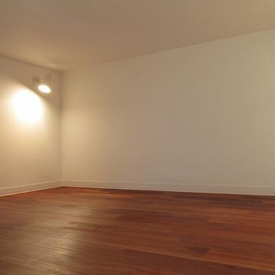 ロフトも広いです。※写真は別部屋