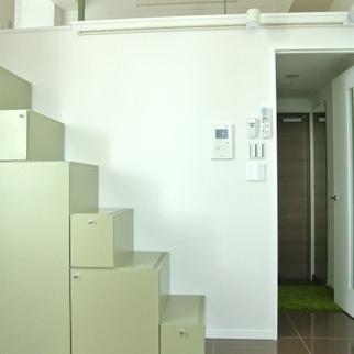 ミドリの階段※画像は別部屋