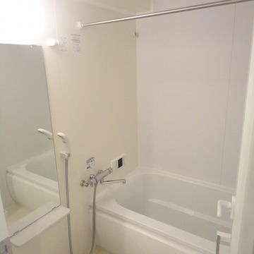 追い焚き、浴室乾燥つき※画像は601号室