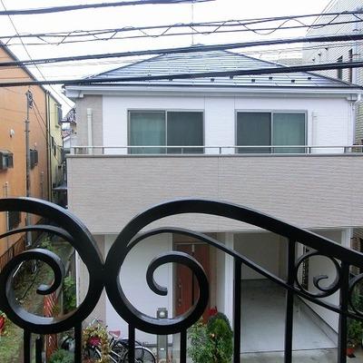 眺めは住宅地の一角※写真は過去のものです