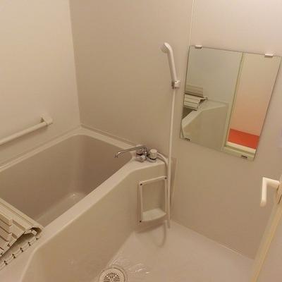 浴室乾燥機つきのお風呂場