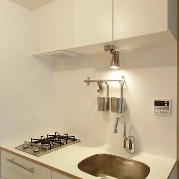 キッチン小物がすっきりと収納できそうです!