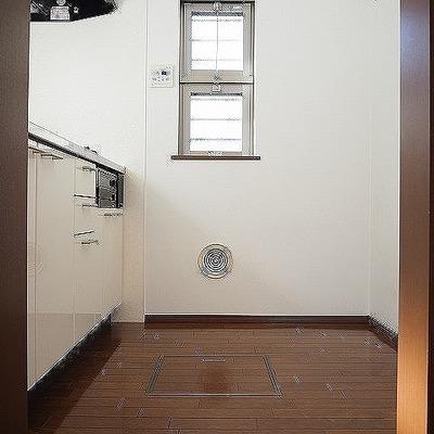 キッチンはドアなし!