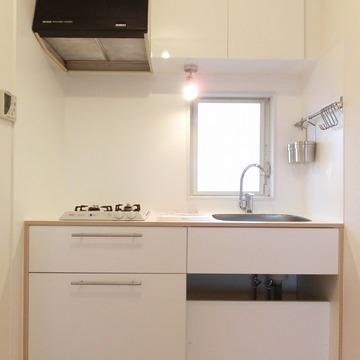 キッチンは使いやすい2口のガスコンロ。※写真は前回募集時のものです