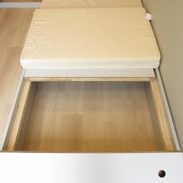ベッド下は収納スペースになっております※写真は前回募集時のものです